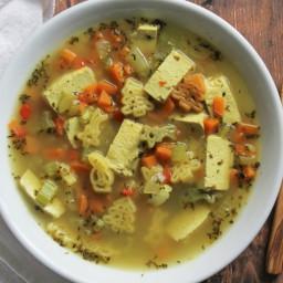 Healthy vegan chicken noodle soup