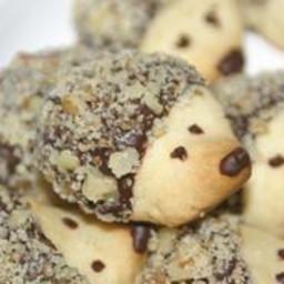 hedgehog-shortbread-cookies-with-chocolate-walnut-1282777.jpg