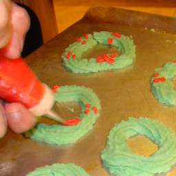 Cookie-Press Christmas Wreath Cream Cheese Cookies