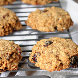 Freezer Friendly Fruit and Oat Breakfast Cookies