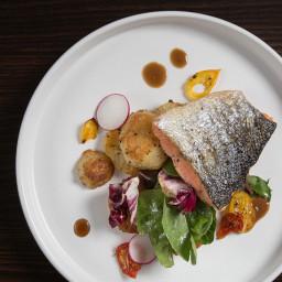 Crispy-Skin Pressure Cooker Salmon Fillet