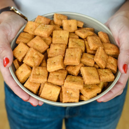 Homemade Gluten Free Cheddar CheezIts