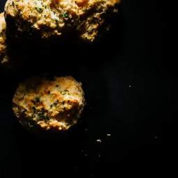 Homemade Red Lobster Cheddar Bay Biscuit Recipe
