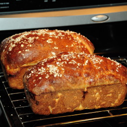 honey-oatmeal-bread-3.jpg