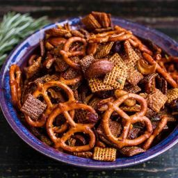 Honey-Roasted Chipotle-Rosemary Chex™ Party Mix