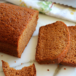 Honey & Spice Cake