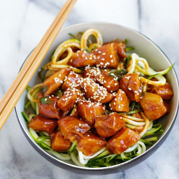 Honey Sriracha Chicken Zucchini Noodles Recipe