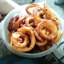hot-and-tasty-onion-rings-a55a41.jpg