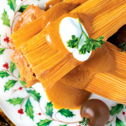 hot damn, tamales! with cabernet estate reserve™ tomato chili sauce