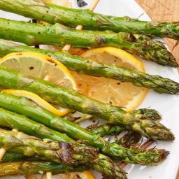how-to-grill-asparagus-ede612-3082fea6e7c182cca2636651.jpg