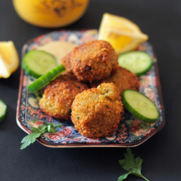 How to Make Crispy and Delicious Falafel at Home