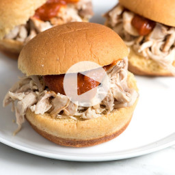 How to Make Tender and Flavorful Shredded Chicken