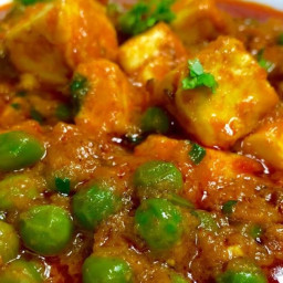 How We Can Cook Matar Paneer Recipe