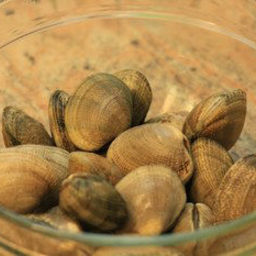 How To De-Grit Clams