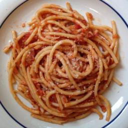 How to Make Authentic Italian Bucatini all'Amatriciana Sauce