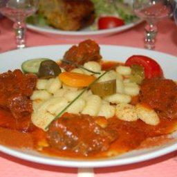 hungarian-goulash-3.jpg