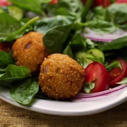 Hushpuppy Panzanella Salad
