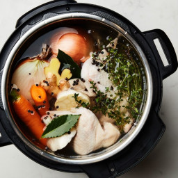 Instant Pot Chicken Stock