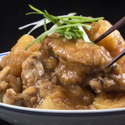 Instant Pot HK Braised Chicken with Potatoes 薯仔炆雞翼