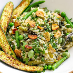 Instant Pot Vegan Risotto With Green Veggies & Fried Garlic