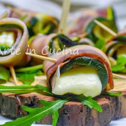 Involtini di pancetta e zucchine