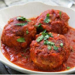 Italian sauce and meatballs
