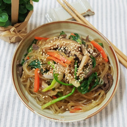 Jap Chae / Glass Noodles with Colorful Vegetables (잡채)