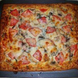 jeffs-grilled-chicken-white-pizza-m-2.jpg