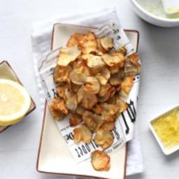 Jerusalem artichoke chips with lemon salt