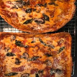 Jim's Gluten Free Cast Iron Pizza