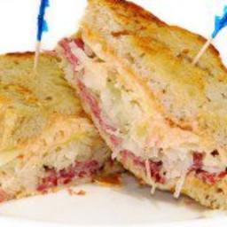 Junior's Ruben Sandwich