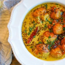KADHI PAKORA (yogurt/gram flour curry)