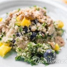 Kale and Quinoa Salad with Blueberries and Mangos