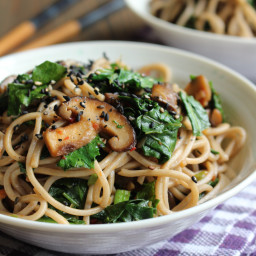 Kale and Soba with Garlic Butter Mushrooms