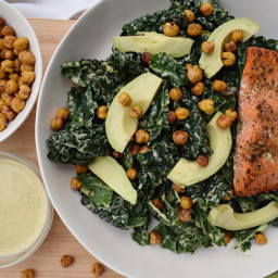 "Kale Salmon ""Caesar"" Salad with Crunchy Chickpeas – Goodnes"