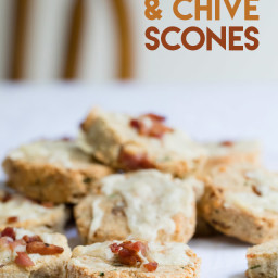 Keto Cheese and Chive Scones
