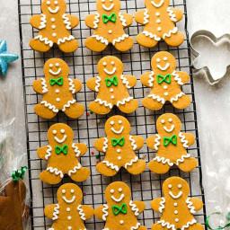 keto-gingerbread-cookies-2746748.jpg