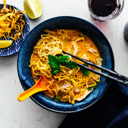 Khao Soi: 15 Min Thai Coconut Curry Chicken Noodle Soup