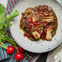 Khoresh-e Fesenjoon (Persian Chicken Stew With Pomegranate and Walnuts)