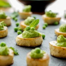 KING OYSTER MUSHROOM SCALLOPS WITH MINT-PEA PUREE