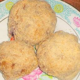 Knegli (Plum Dumplings)