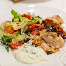Kyckling med mozzarella, valnötter och basilikasås