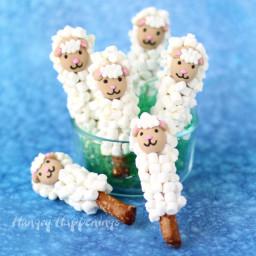 Lamb Pretzel Pops - Easy Easter Treats