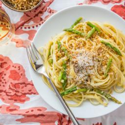 Lemon-Asparagus Linguine with Garlicky Panko