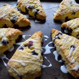lemon-blueberry-cornmeal-scone-1bd483.jpg