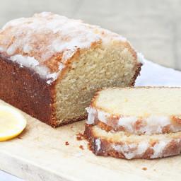 Lemon drizzle cake(Monday)
