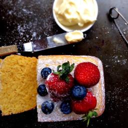 Lemon, polenta and ricotta cake
