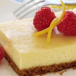 lemoncheesecakebars.jpg