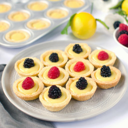Lemon Tartlets with Lemon Curd