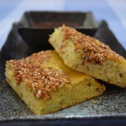 Lentil & cornmeal bread (Handvo)